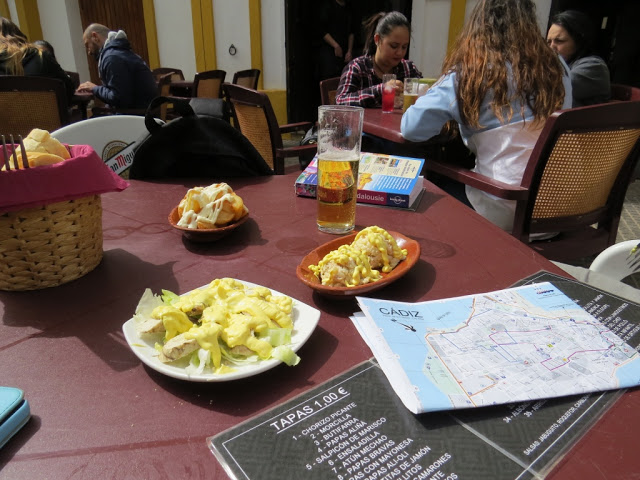 Manger tapas Cadix