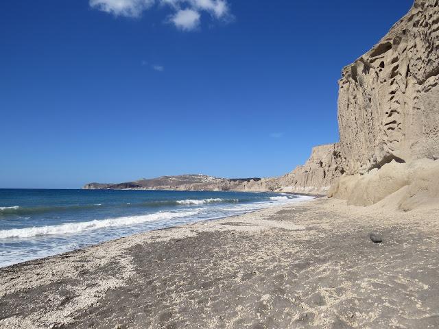 Vlychada plage nudiste santorin Cyclades