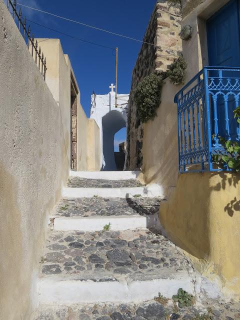 Pyrgos village santorin