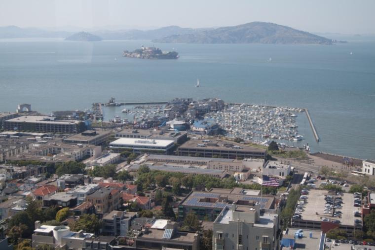 Vue sur Alcatraz depuis Coit Tower