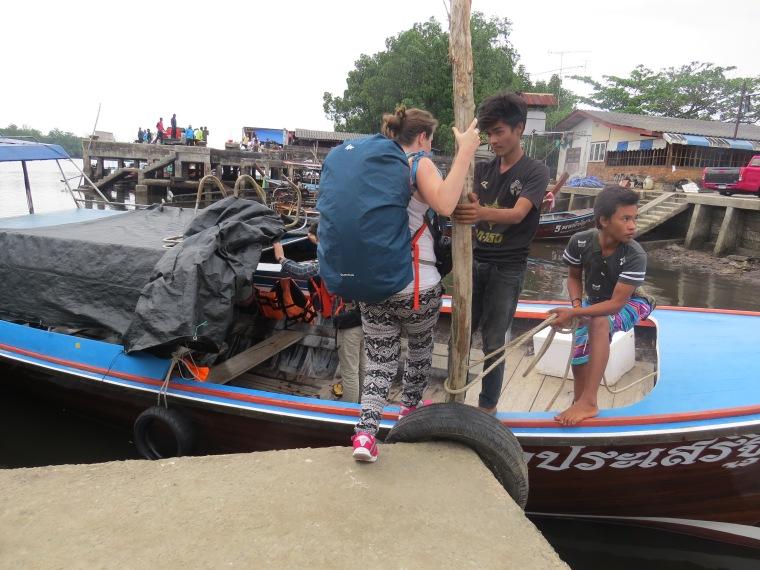 Pirogue trnasport ile du sud thailande
