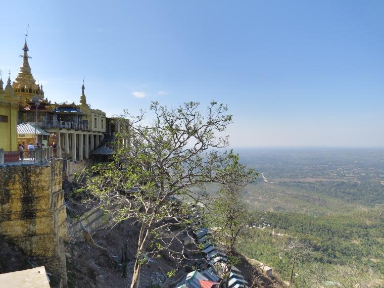 Vue depuis le Mont Popa Myanmar