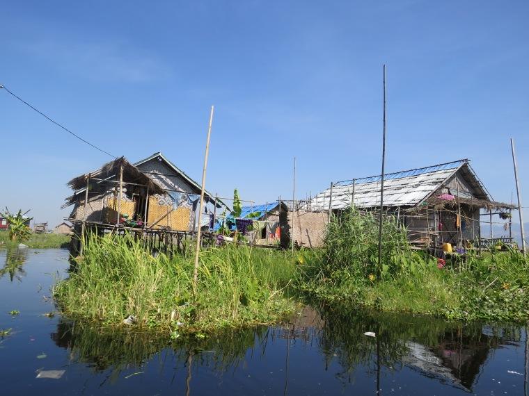 Maison flottante lac inlé