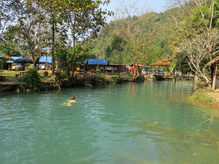 Blue lagon baignade Laos