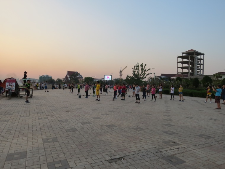 sunset mékong Vientiane