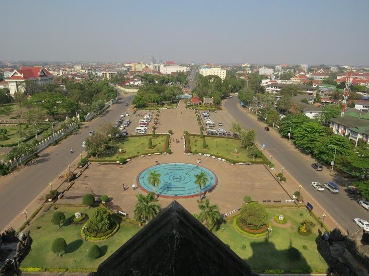 Vue depuis Patuxai arche de triomphe Vientiane