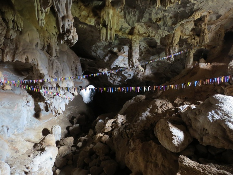 Tham Pha Inh grotte réberbération eau
