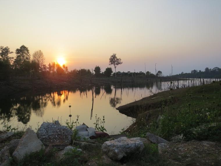 Sunset Nakai Boucle Thakhek