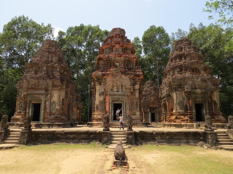 Temples de roluos visite