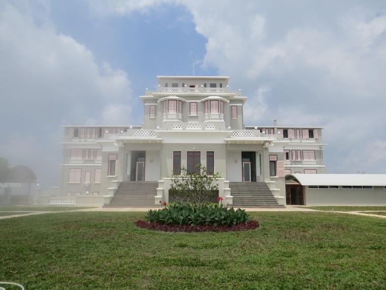 Bokor palace restauré