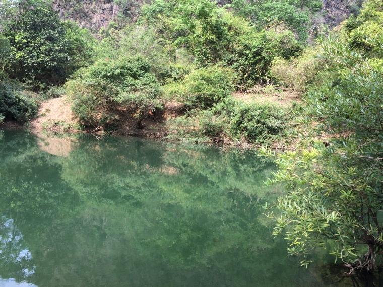Baigande Tha Falang boucle Thakhek