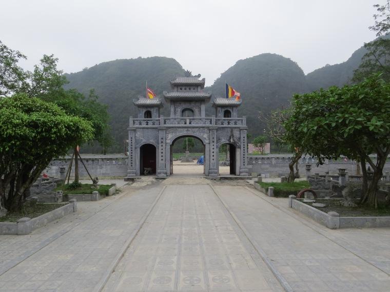 Thai Vi temple Tam coc
