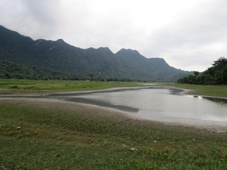 lac Ho Noong Ha Giang Nord Vietnam