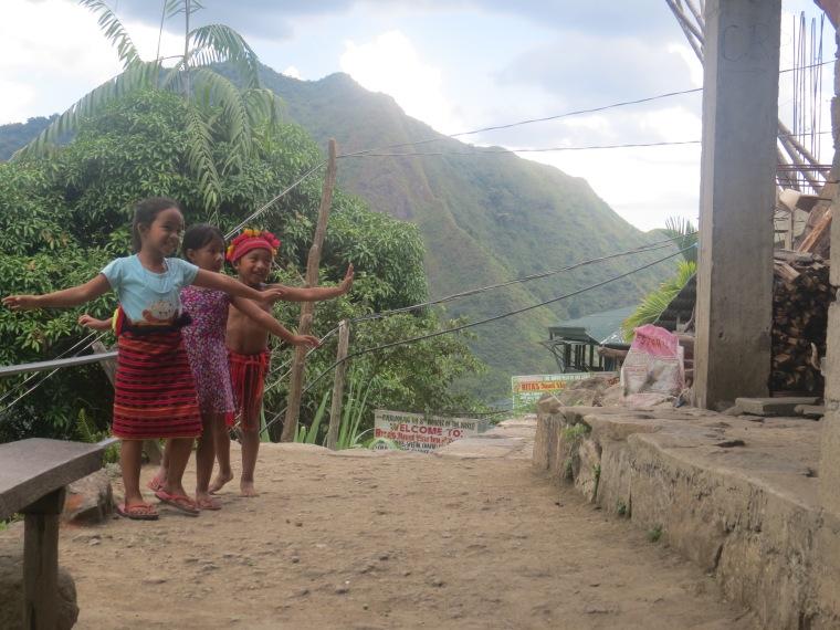 Danse enfants Batad