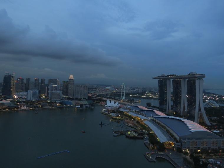 Vue sur Marina Bay Sand Level 33 nuit