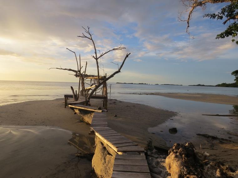 Sunset Pokipoki Indonésie