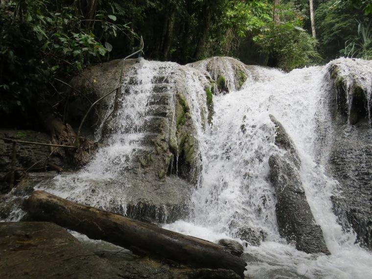 Magnifique cascade Tentena
